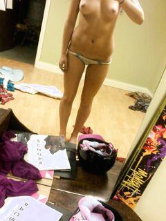 Селфи красивых девушек в домашних условиях секс фото и порно фото