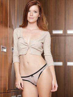 Мит-Арт эротика с рыженькой моделью из Чехии Mia Sollis секс фото и порно фото