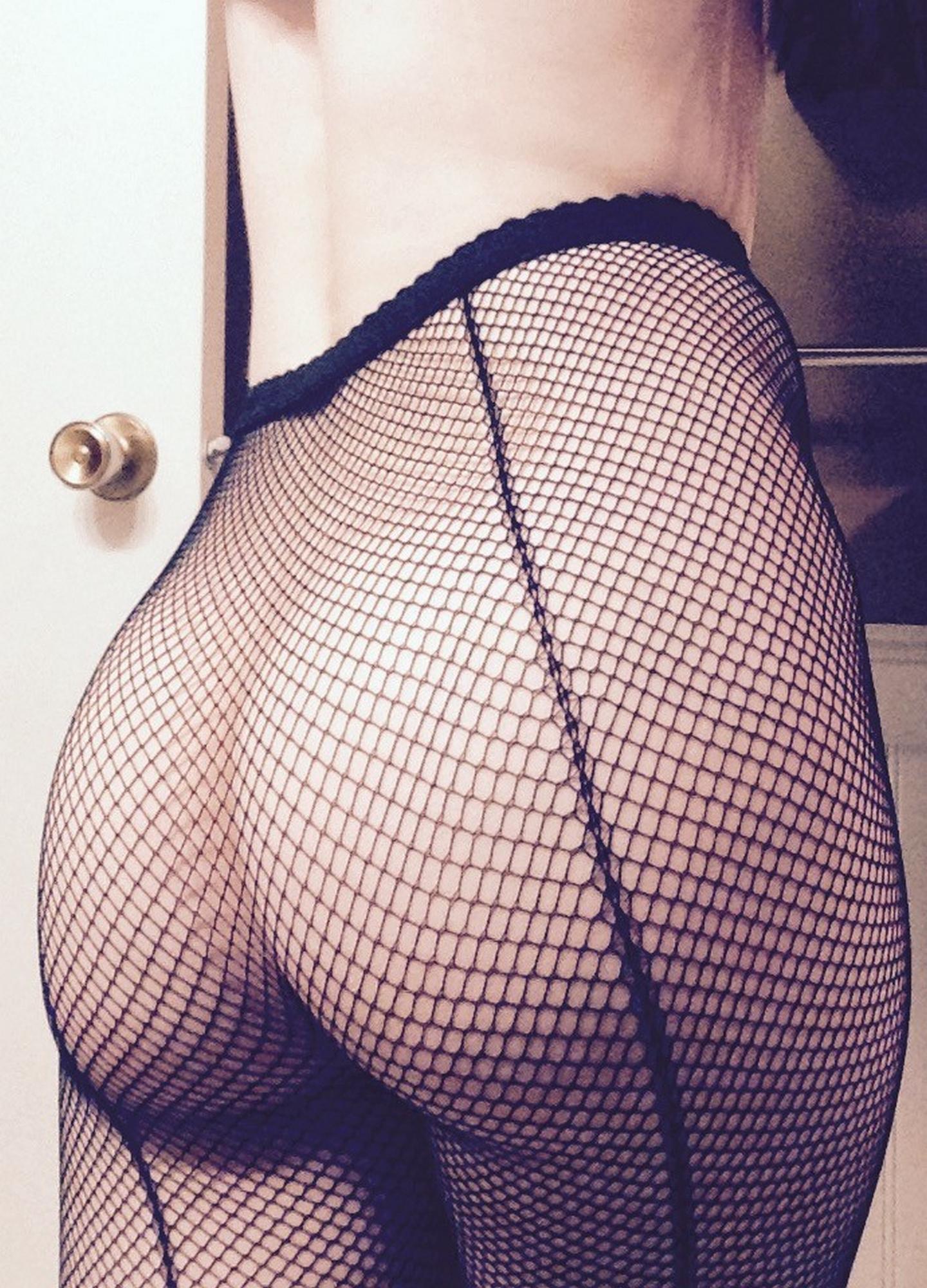 Эротические селфи молодых девушек в чулках и нижнем белье секс фото и порно фото