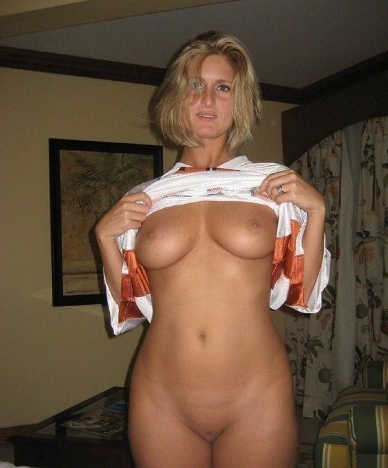 Женщины старше 40 лет показали голые сиськи и задницы секс фото и порно фото
