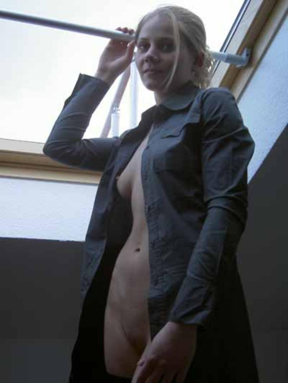 Групповой секс МЖМ семейной пары с соседом секс фото и порно фото