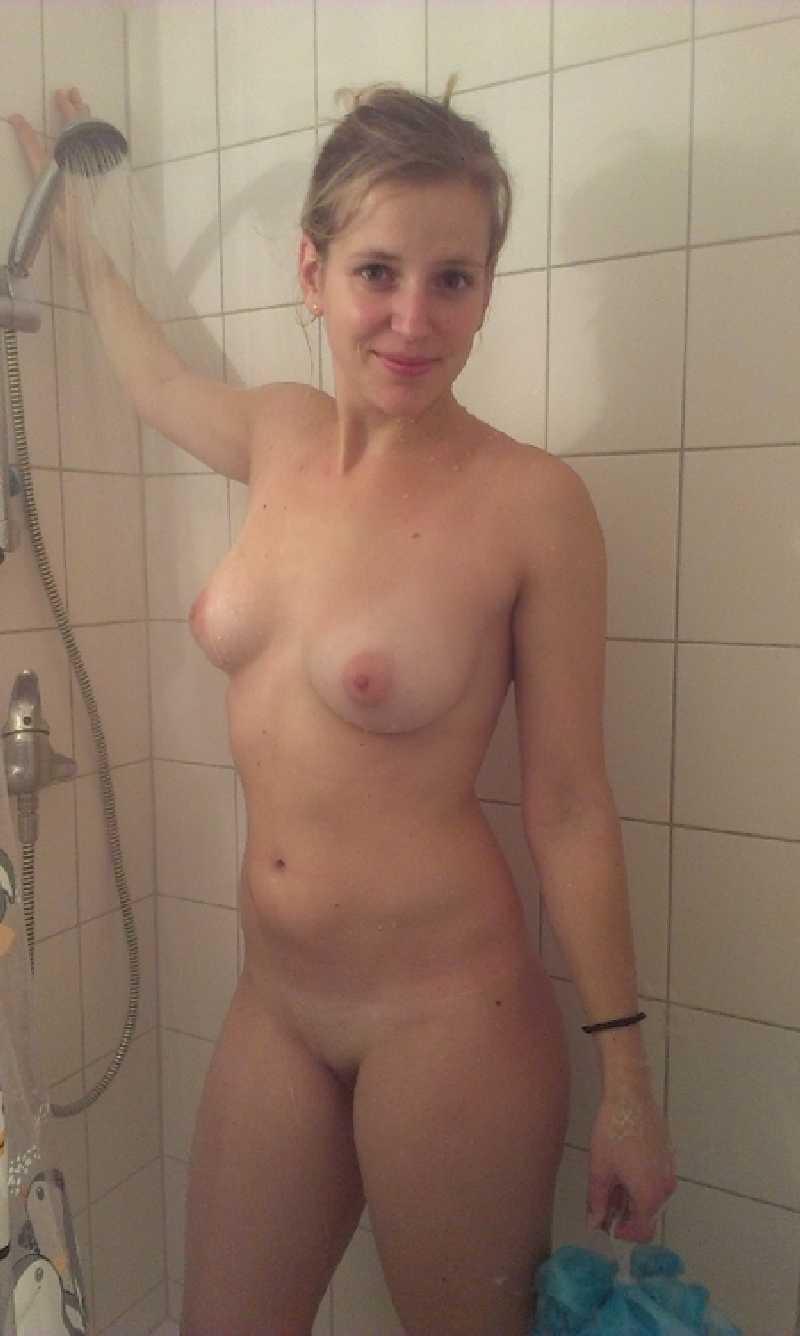 Домашка девушек с натуральными титьками большого размера секс фото и порно фото