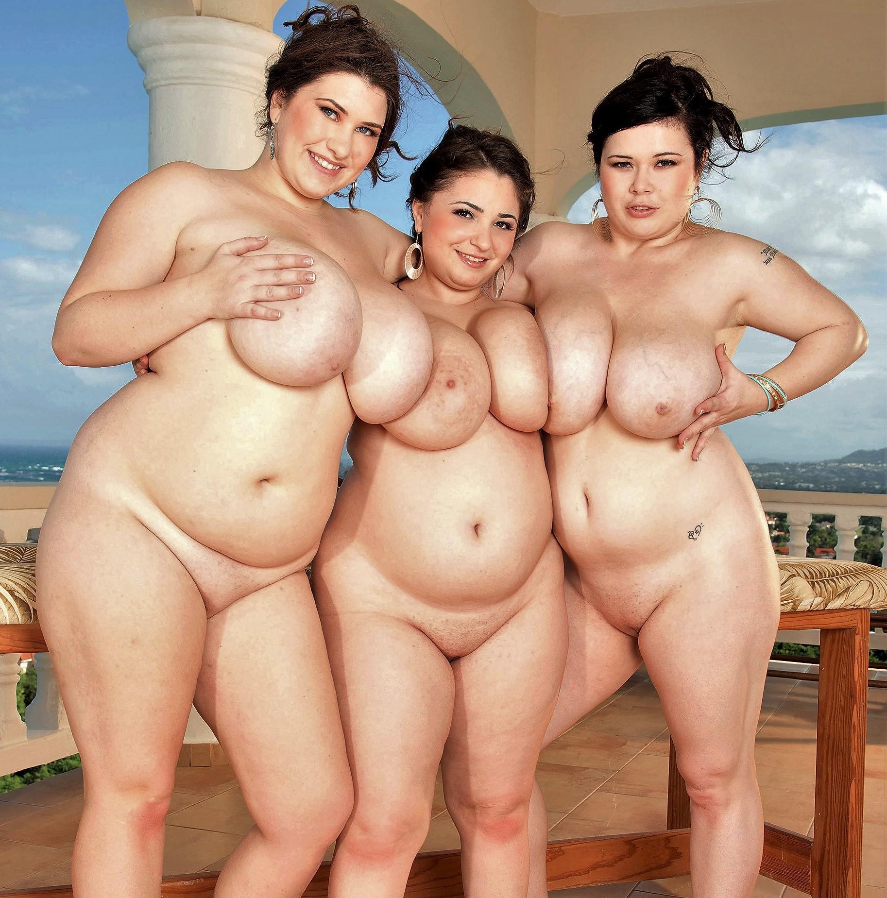Домашние снимки и селфи больших сисек от жирных извращенок секс фото и порно фото