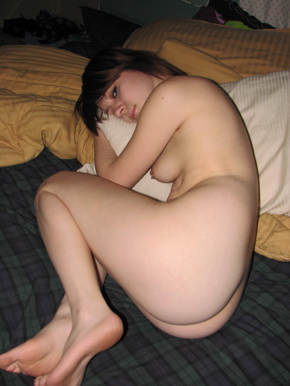 Снимки русских студенток с сайтов знакомств секс фото и порно фото