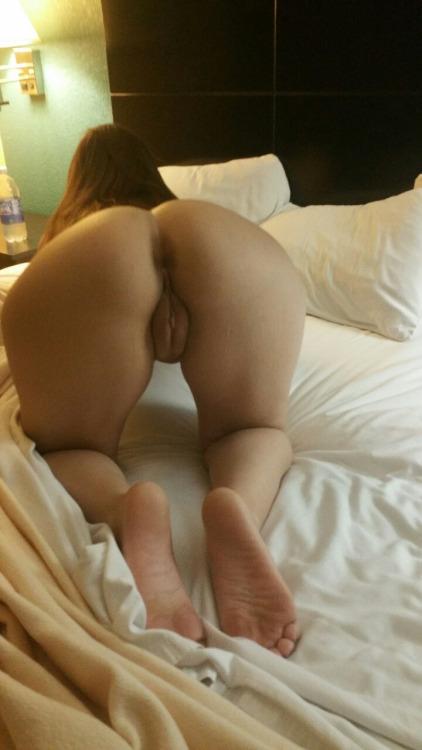 Голые киски и жопы девушек крупным планом секс фото и порно фото