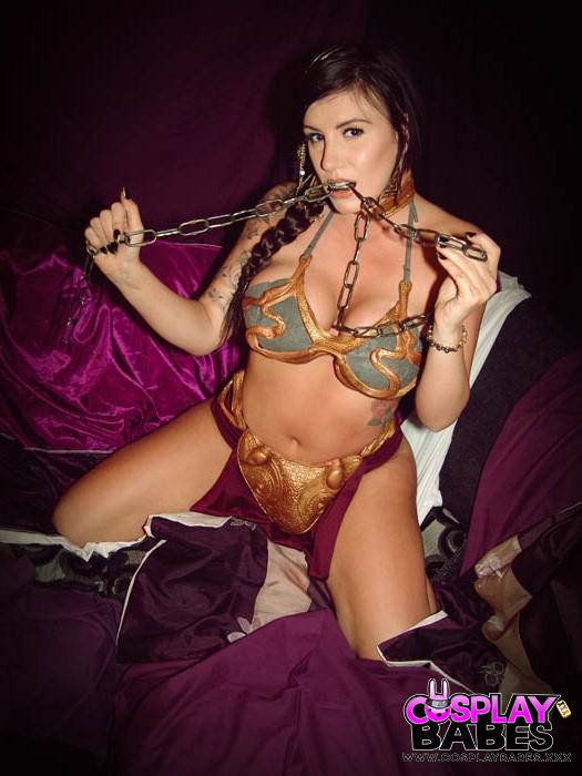 Соло татуированной косплеерши перед камерой секс фото и порно фото