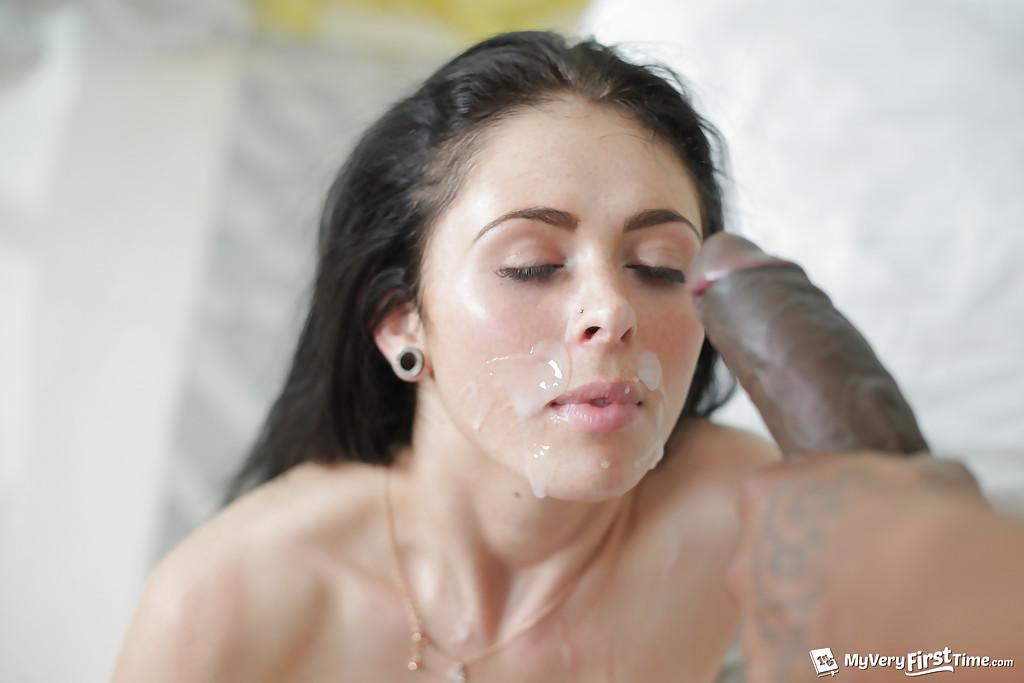 Худая американка изменяет бойфренду с негром из Гетто секс фото и порно фото