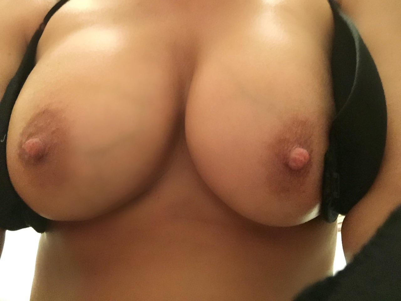 Домашняя подборка голых сисек девушек секс фото и порно фото