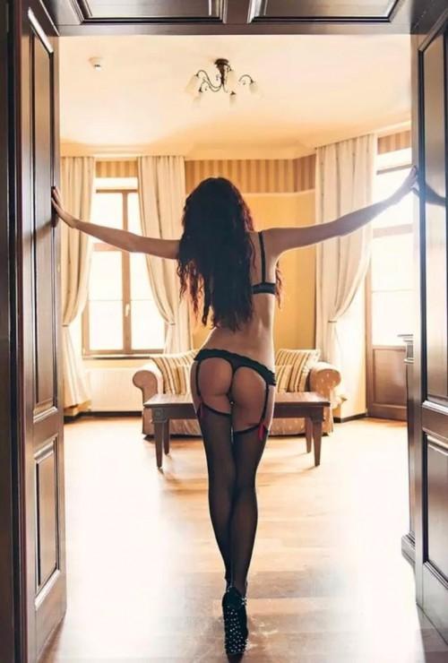 Подборка домашних телочек из Европы в чулках и колготках секс фото и порно фото