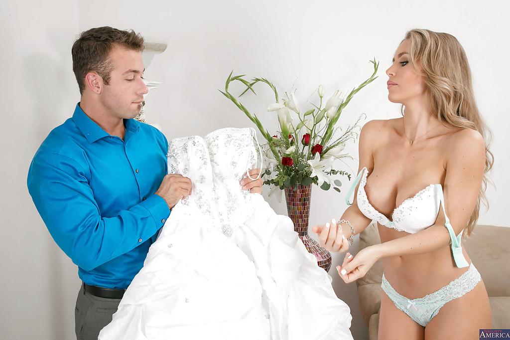 Невеста взяла в рот у стилиста перед свадьбой секс фото и порно фото